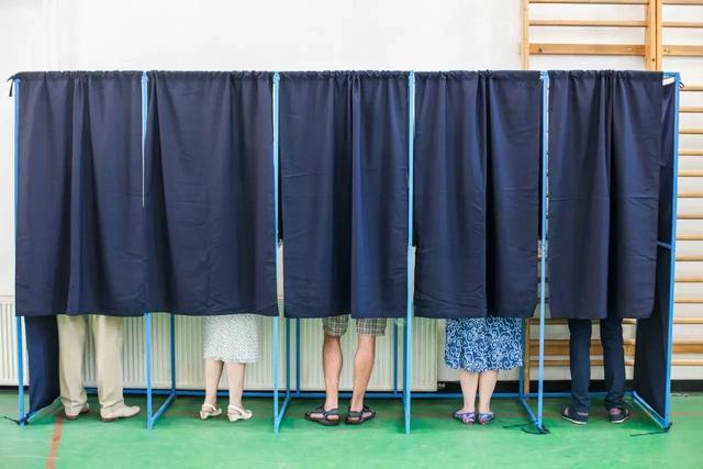 投票,微信投票,刷票,微信刷票,投票公司,投票平台,投票团队,真人投票,微信刷票,微信拉票,拉票