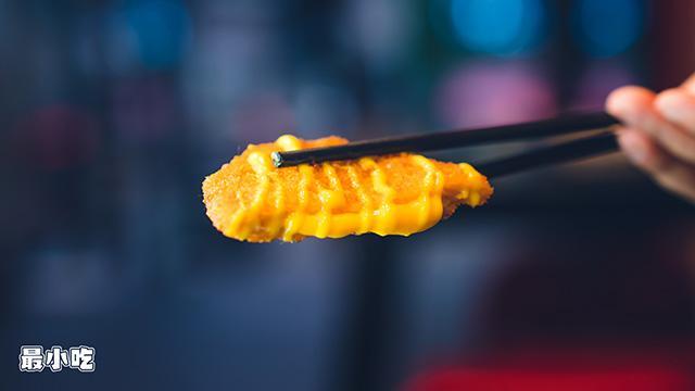 平顶山小路里的美食——跨界小哥的风格炸串,吃起来究竟是哪样?插图28
