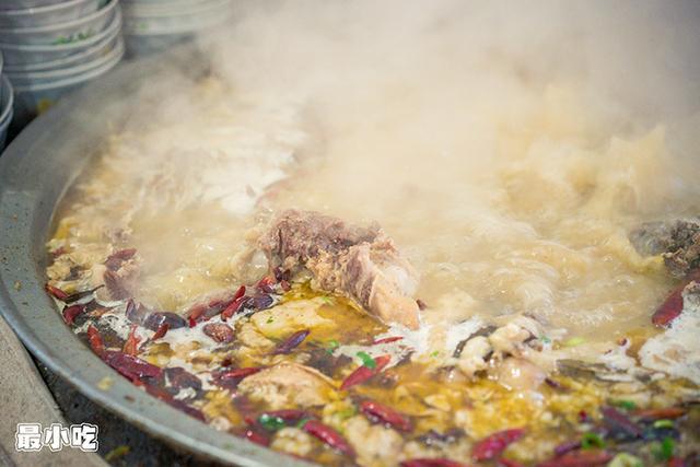 平顶山美食之付正饸饹面,肉多,面劲道,炎天吃淋漓尽致插图6