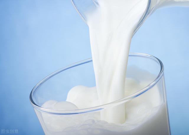 喝牛奶还能减肥?注意这几个原则,让你越喝越瘦