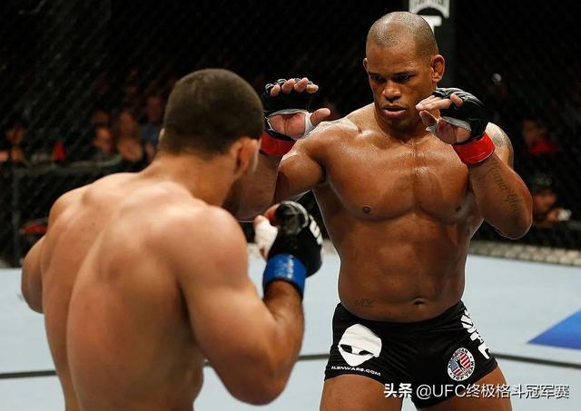 天神肉体:UFC的十大筋肉人-第7张