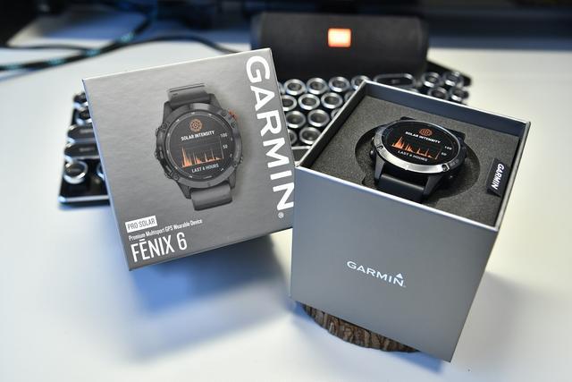 佳明Garmin太陽能诺亚彩票下载wx17 com運動腕表開箱,大牌手表簡約卻不簡單