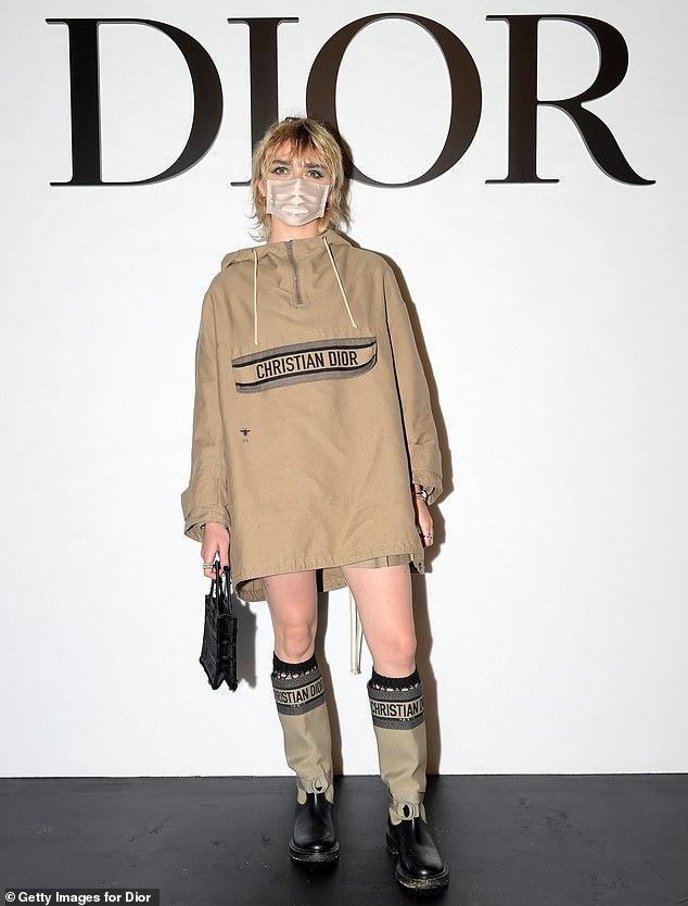 LV少奶婚后首秀Dior巴黎春夏,孟美岐云上看秀穿出一身清流-第8张