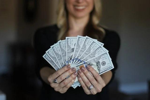 30岁之前应该有多少存款?这五个财富目标你达到了吗?