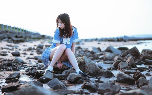 清纯学生妹jk制服唯美海边可爱写真