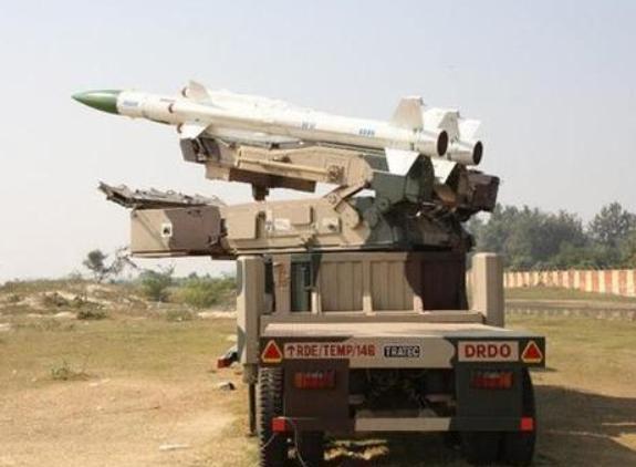 """巴基斯坦""""枭龙""""掉了!战机坠毁于印巴边境,印度国内一片欢腾-第4张"""