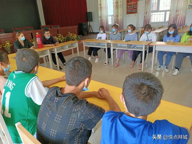 拜城县乡村两级团组织积极开展安全教育宣传活动