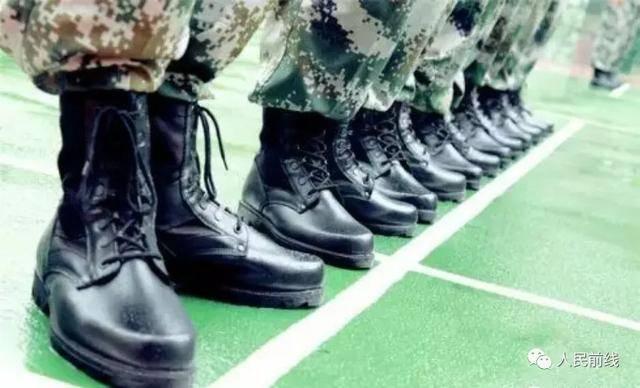 解放军新型作战靴曝光:不足一公斤 较17式减重27%-第4张