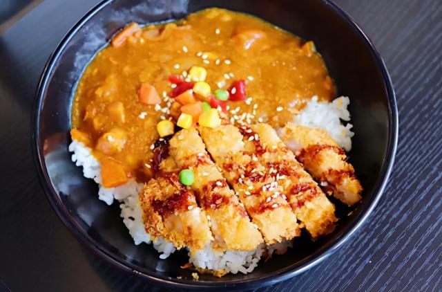 喜仕屋咔嗞鸡排咖喱