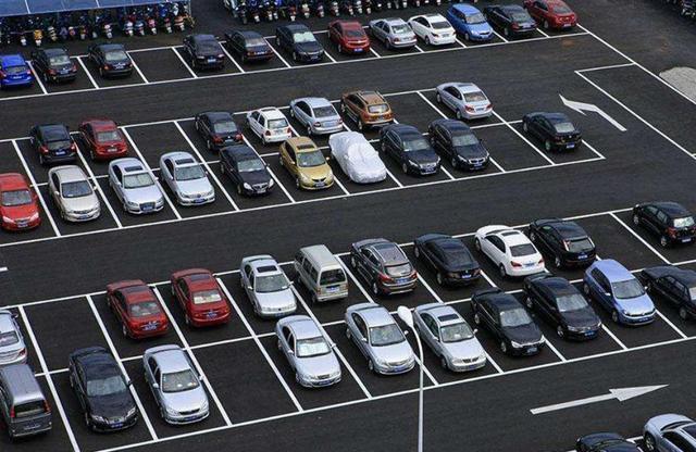 中国真应该学学日本了!停车位设计比我们强百倍,人比人气死人