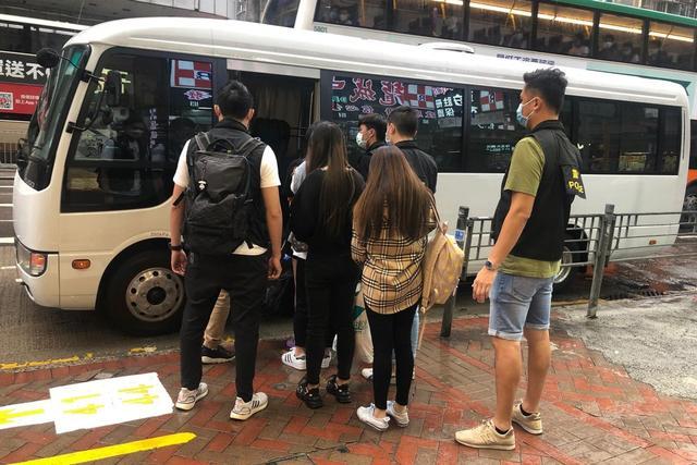 港媒:内地女在港警扫黄行动中被捕,确诊新冠致10名工作人员隔离