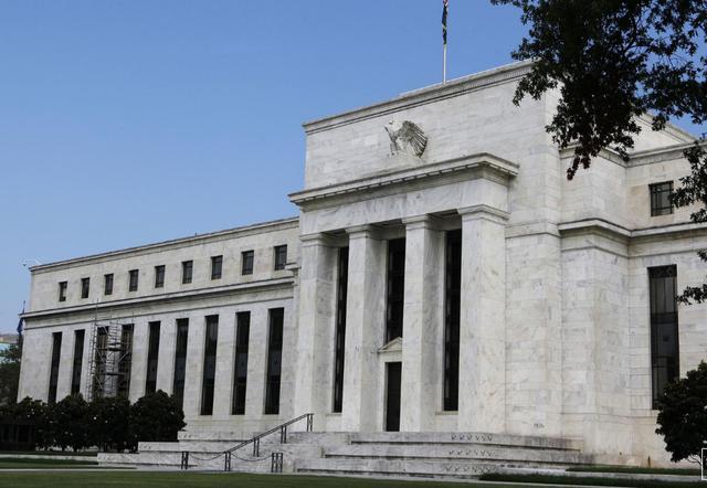 中国所持美债降至四年低点,中德日将要为持有美债而向美国付款?
