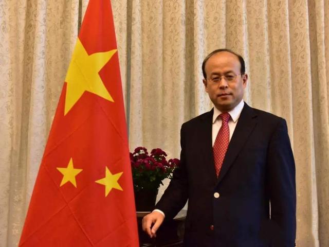 中澳关系紧张,中国给印尼抛出15亿大单,澳大利亚被拉入黑名单