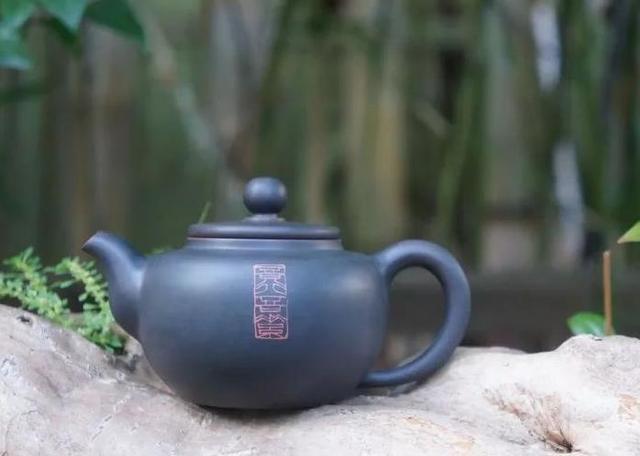 剑胆琴心-朱玄峰工笔紫陶作品赏析 紫陶特点-第4张