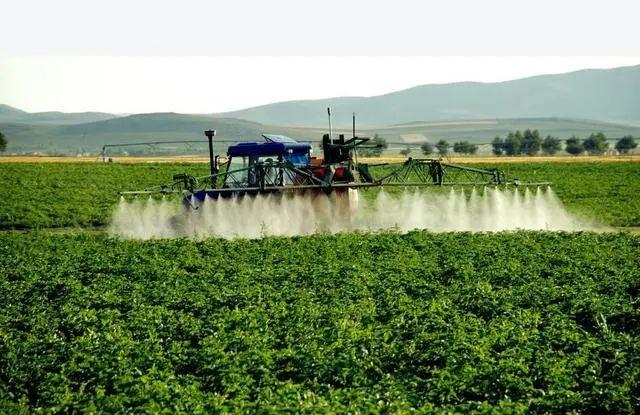 极飞科技:与北大荒集团达到战略合作协议推动数字农业