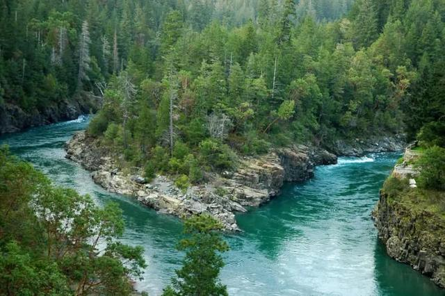 上加州最清澈的河流是这里