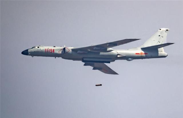 轰6K模拟轰炸美军基地?解放军首度公开画面,可应对最坏情况【www.smxdc.net】
