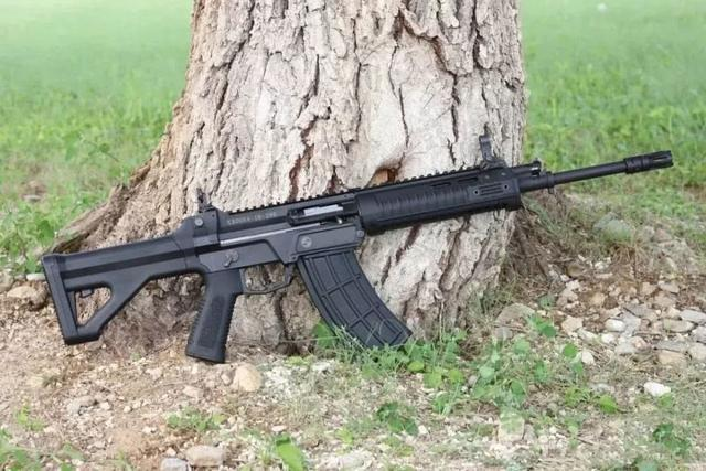 国产新步枪再次现身,已小批量装备部队,未来代替95式突击步枪-第2张