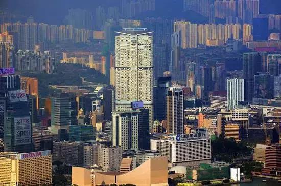 香港房地产行业和股市的关系,香港楼价逼近历史高位 官方称密切关注也会在未来加大供应