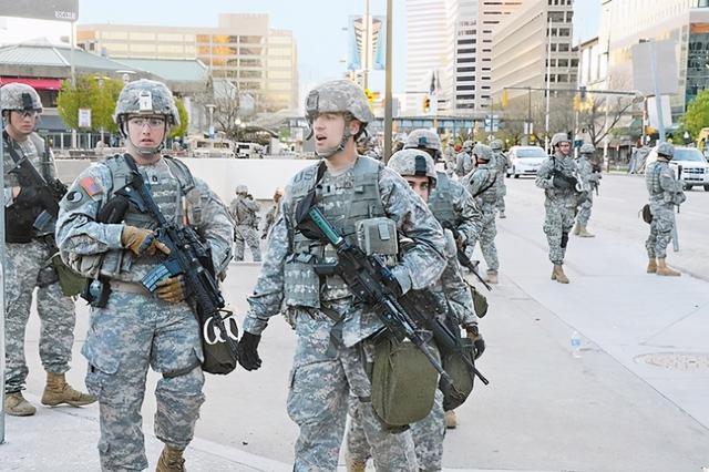 内战边缘?担心选举结果难以接受,美国部分州已出动警察和军队