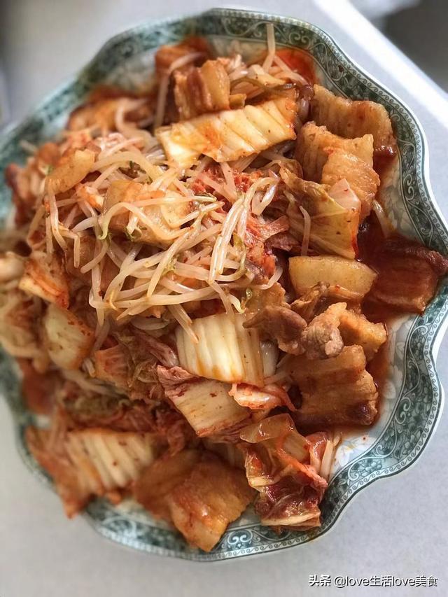 原來韓式烤肉自己在家也可以做,五花肉加蔬菜,不長肉還有營養