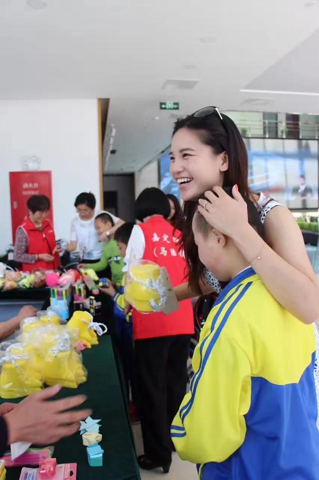 """为何要来大陆发展?看台湾姑娘凌楷钧的""""吃螃蟹""""经历-今日股票_股票分析_股票吧"""