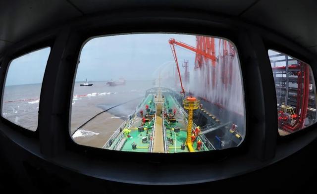 18艘船艇昨集结鱼山洋面-今日股票_股票分析_股票吧
