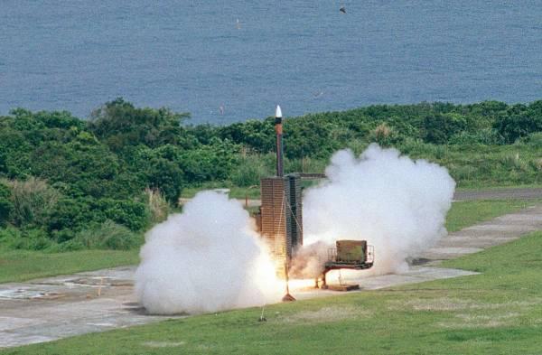 """台湾进行""""无限高""""导弹试射之际,解放军战机进入台湾西南空域【www.smxdc.net】"""