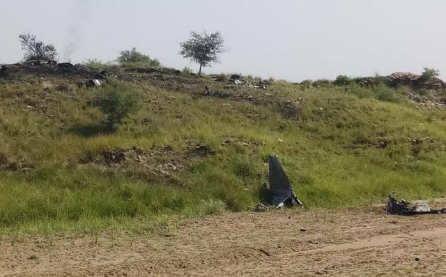 巴基斯坦空军一架战机坠毁 飞行员成功弹射逃生【www.smxdc.net】