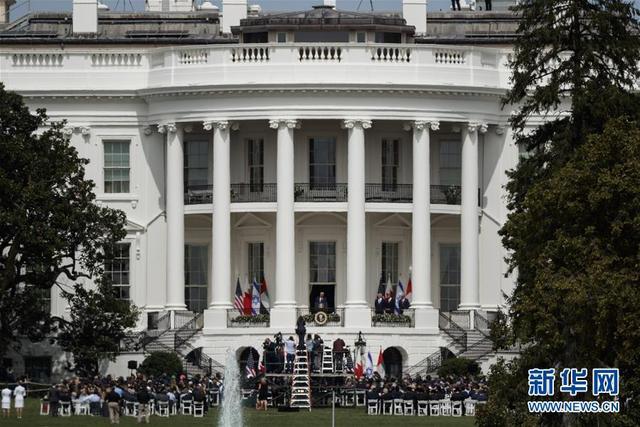 以色列与阿联酋和巴林在白宫签署关系正常化协议-第2张