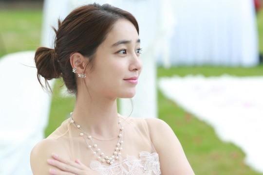 韩国女艺人李珉廷SNS发布《结过一次了》片场照-第2张