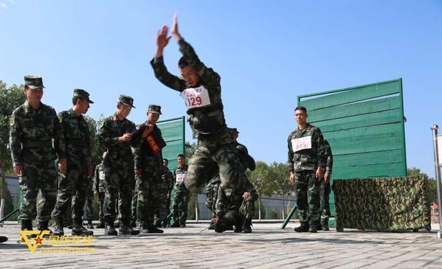 军事体育运动会有多燃?高清大图看高手过招-第3张