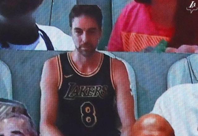 NBA总决赛第一场,浓眉哥出头,湖人大胜热火,这一波太稳了-第7张