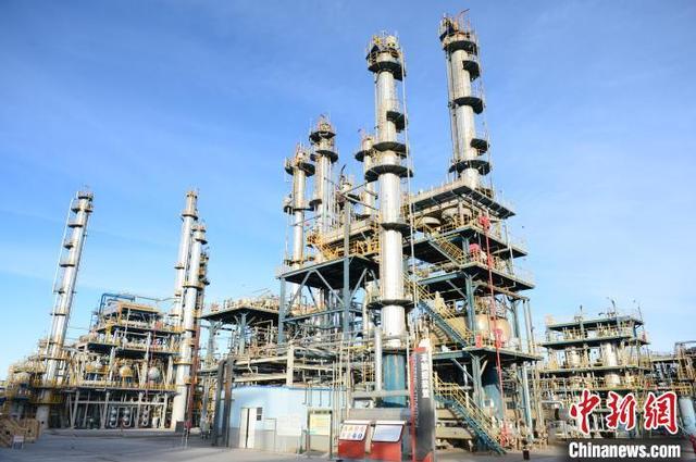 青藏高原唯一炼油厂成功生产95号国VI汽油