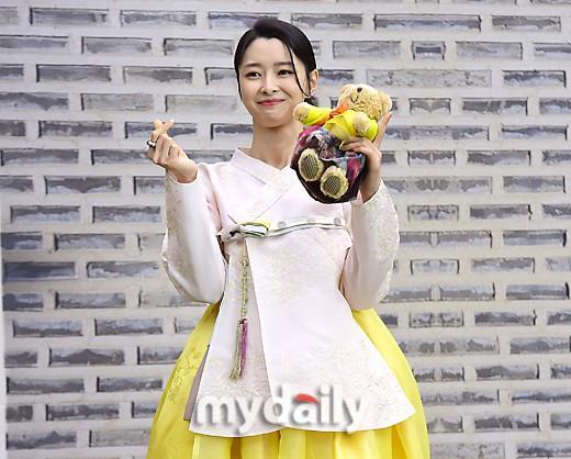 權娜拉超話微博,「MD PHOTO」 韓國女演員權娜拉出席2020韓服文化周活動