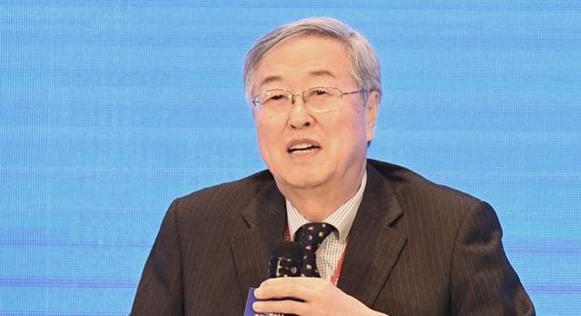 中央银行行长周小川:我国储蓄率将来或进一步降低年轻一代的储