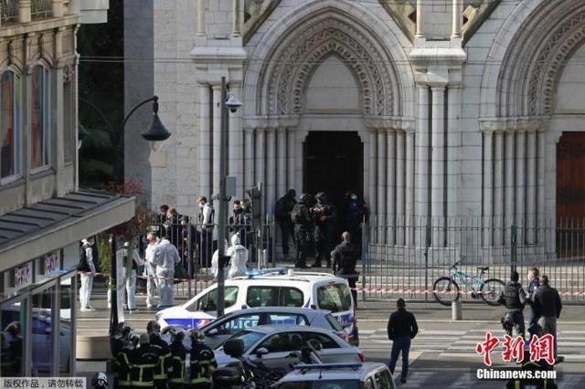 法国总统马克龙:绝对不能成为行使暴力的正当理由