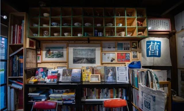 全国热搜!松江这家不借不卖的小书屋,你还没去过吗?插图8
