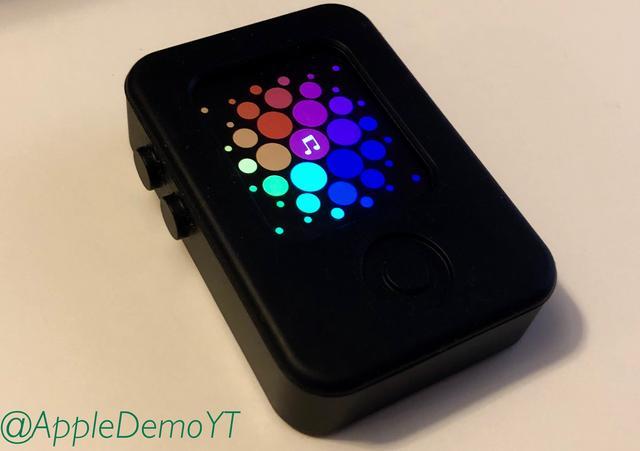 Apple Watch原型设备真机曝光:采用长方形设计插图