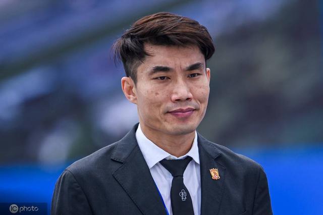 郑智:担任恒大助理教练是荣耀;要为振兴中国足球贡献力量