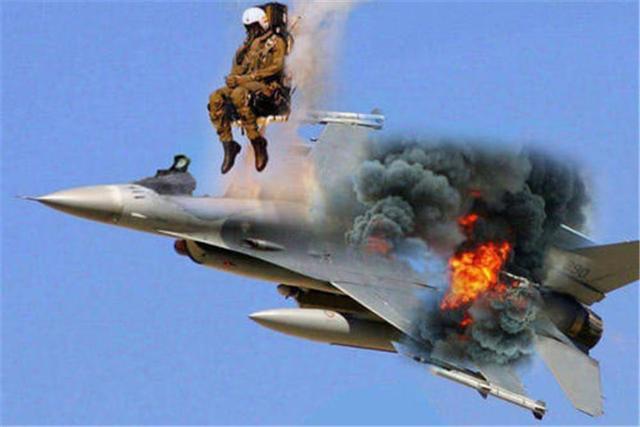 65架俄飞机遭扣押,一架俄式战机被击落,考验普京的时候到了-第2张