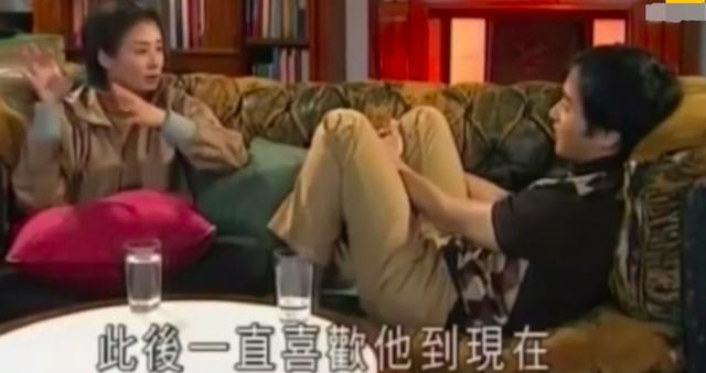 影后毛舜筠61岁生日晒照,素颜皮肤紧致无皱纹,与女儿似姐妹 全球新闻风头榜 第6张