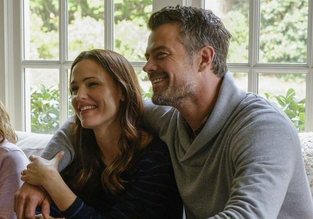 和甜茶激吻、锤弟约会…好莱坞美艳御姐的快乐你想象不到插图75