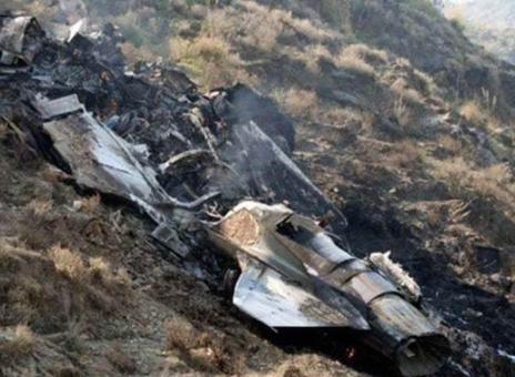 """巴基斯坦""""枭龙""""掉了!战机坠毁于印巴边境,印度国内一片欢腾-第3张"""