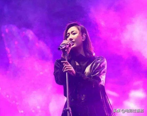 """她的播放量曾仅次于周杰伦、陈奕迅,摇滚女孩陈粒越""""野""""越通透-第8张"""