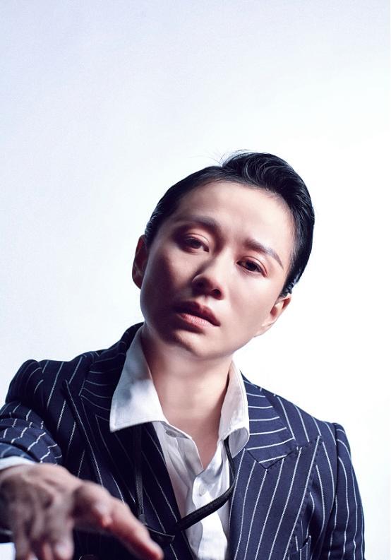 马苏努力复出上《演员请就位》,倪虹洁淡妆出境,眼神都带着戏-第9张