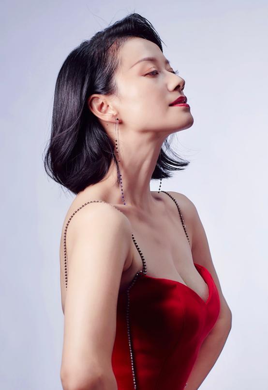 马苏努力复出上《演员请就位》,倪虹洁淡妆出境,眼神都带着戏-第11张