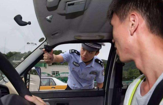 现在报考C1最快得多长时间拿到证?交警:车技再高都至少等这么久插图(1)