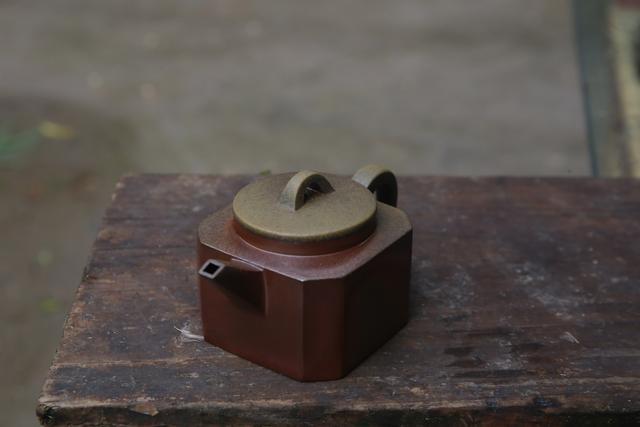 建水紫陶壶茶垢:洗Vs不洗? 紫陶特点-第4张