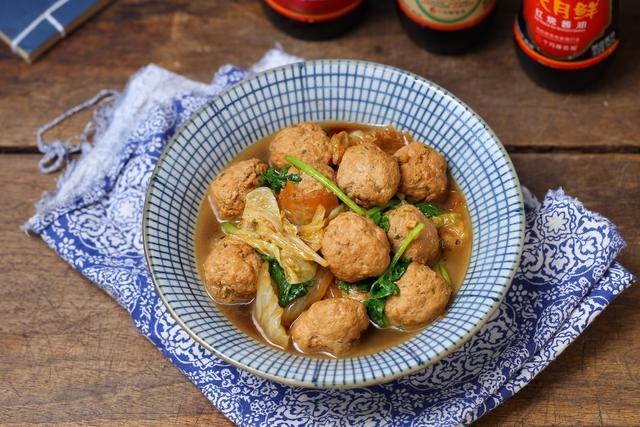 大冷天就喜欢这道菜,营养丰富搭配合理,热乎乎煮一锅吃着真舒服